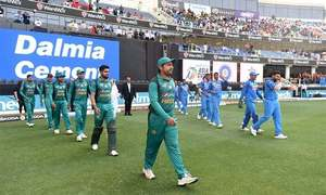 Comment: Pakistan are missing specialist batsmen, spinners