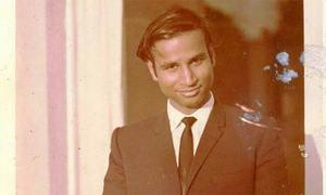 Veteran journalist Shaikh Aziz passes away