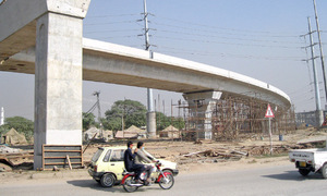 Construction on all highways comes to a standstill for lack of funds