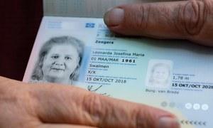 نیدرلینڈ نے مخنث شناخت والا پہلا پاسپورٹ جاری کردیا