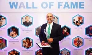 سلمان صوفی نے 'مدر ٹریسا میموریل ایوارڈ' وصول کرلیا