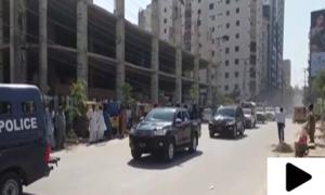 سکھر میں گورنر سندھ کا 30 سے زائد گاڑیوں کا پروٹوکول