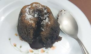 Cook-it-yourself: Chocolate lava cake
