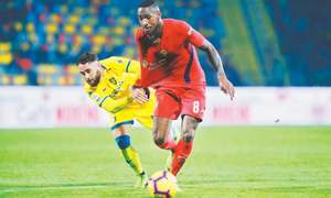 Late goal helps Frosinone draw with Fiorentina