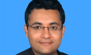 Secretary holds PML-N govt responsible for railways' financial ills