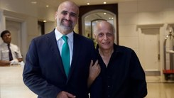 Mahesh Bhatt lauds Salman Sufi's Violence Against Women Center in Multan