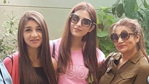 Frieha Altaf and daughter Parisheh are co-starring in Asim Raza's Parey Hut Love