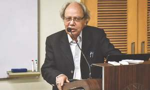 Urdu writers need to broaden their horizon, says Prof Hanfi