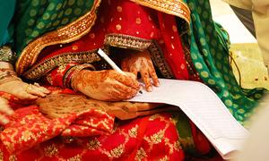 نکاح کے وقت طلاق کی بات کرنے میں کوئی حرج ہے یا نہیں؟؟