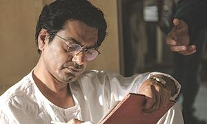 THE ICON REVIEW: THE WRITER AND THE WORLD THAT SHAPED HIM