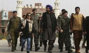 Navjot Singh Sidhu arrives in Lahore for Kartarpur ceremony