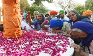 In pictures: Sikh yatris, Indian ministers attend Kartarpur corridor groundbreaking ceremony