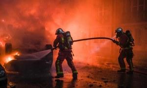 فرانس میں حکومت مخالف مظاہرے بے قابو