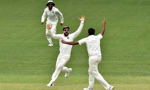 India end Australia Test drought in nail-biter