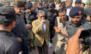 In visit to Thar, CJP lauds Sindh govt efforts but says more work needs to be done