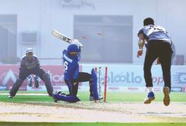 Karachi Whites survive Fata scare as Multan seal second win