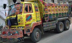 Falling diesel, truck sales contradict trade indicators