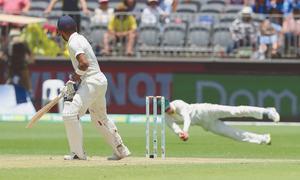 Lyon overshadows Kohli as Aussies take lead