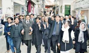 Lawyers to rally against proposed judges' transfer policy on Monday