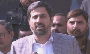 حکومت پر تنقیدی سوال، فیاض الحسن چوہان صحافیوں پر بھڑک اٹھے