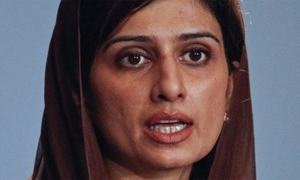 Pakistan should strengthen ties with neighbours instead of US: Hina Rabbani Khar