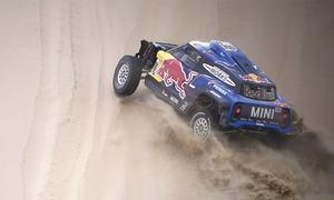 Al-Attiyah headed for Dakar victory