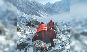 سرد موسم، نامساعد حالات کے باوجود کوہ پیما کے ٹو، نانگا پربت سر کرنے کیلئے پُر عزم