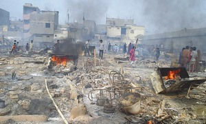 300 huts in Karachi destroyed in 'mysterious' fire