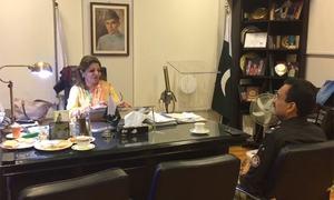 SSP Korangi visits JMPC to call on Karachi couple injured in police crossfire