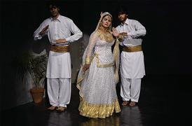 Theatre buffs relish LAC's new play Hum Aik Hain
