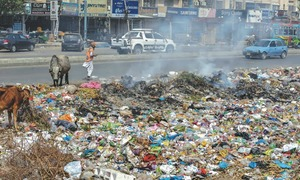Pall of toxic air hangs over Karachi