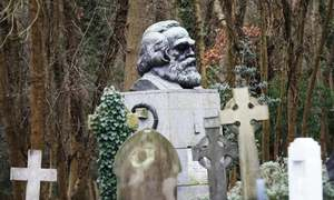 Marx's grave vandalised again, with red paint