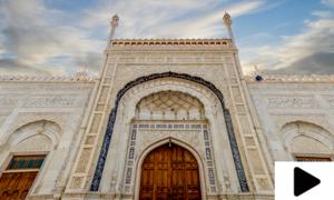 صحرائے چولستان میں واقع 200 سال قدیم شاہی مسجد