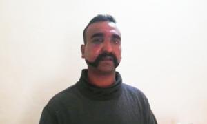 بھارتی پائلٹ نے گرفتاری سے قبل ہوائی فائرنگ کی
