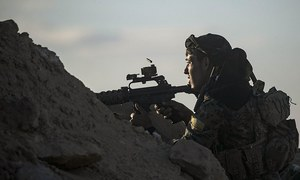Doomed IS militants retreat within shrinking Syria bastion