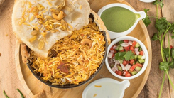 10 Karachi eateries that need to make a comeback now