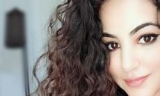 Pop singer Annie wants Pakistani women to embrace their curly hair