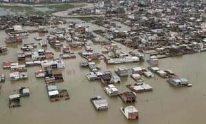 ایران میں سیلاب سے وسیع پیمانے پر تباہی