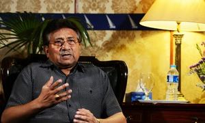 SC orders Musharraf to appear before special court in treason case on May 2 or lose right of defence
