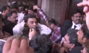 LHC restrains NAB from arresting Hamza Shahbaz until April 17