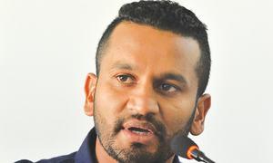 Chandimal, Tharanga fail  to make  Sri Lanka squad