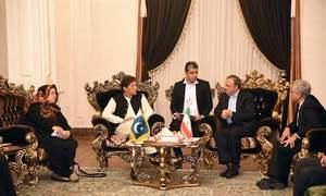 وزیر اعظم عمران خان دو روزہ سرکاری دورے پر تہران پہنچ گئے