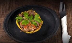 کولمبیا کا مزیدار و منفرد پکوان، گوشت بھرے فرائی کیلے