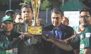 Karachi win Inter-divisional Softball