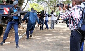 یوم آزادی صحافت اور 'بے سہارا صحافی'