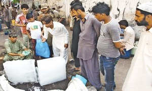 سکھر: مذہبی تنظیم کے مسلح کارکنوں نے ہیٹ اسٹروک سینٹرز بند کرادیئے