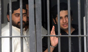 SHC commutes death sentences for Shahrukh Jatoi, Siraj Talpur in Shahzeb murder case