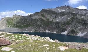 'شکر گڑھ جھیل' پر پہنچنے والے پہلے غیر مقامی