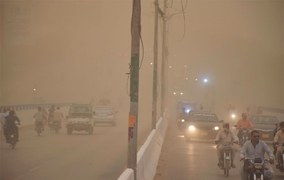 Dust storm, rain in several districts cause widespread damage to crops in Sindh