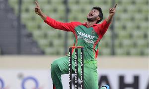 Bangladesh sweat over Shakib's fitness